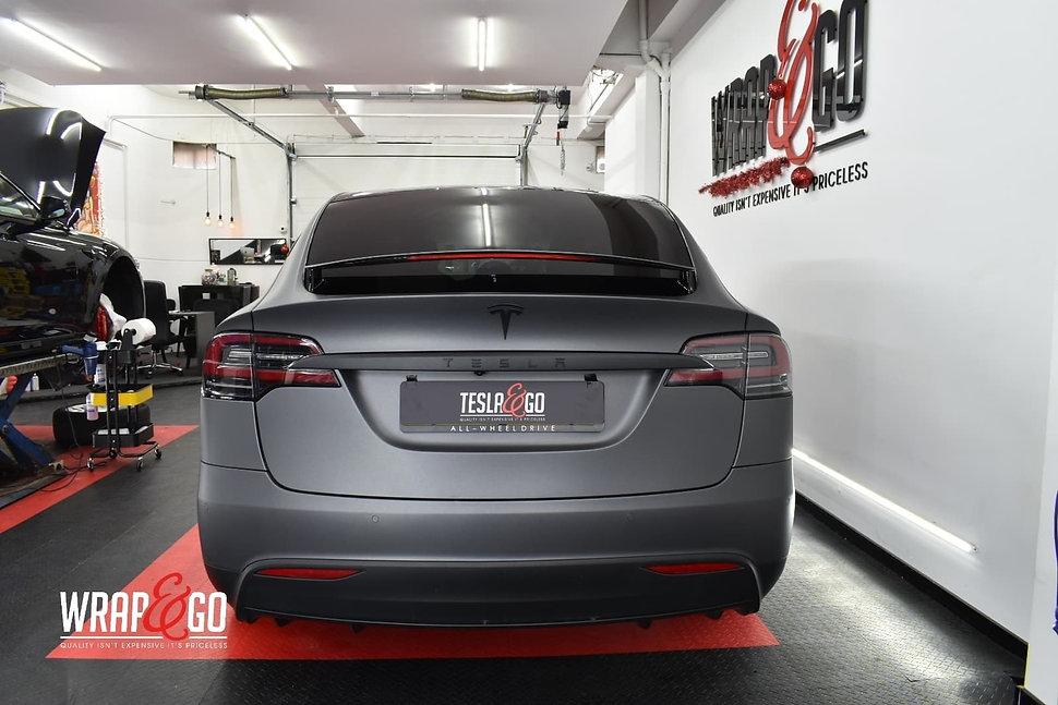 Tesla-modelx-3m-matte-dark-grey-autowrap-back