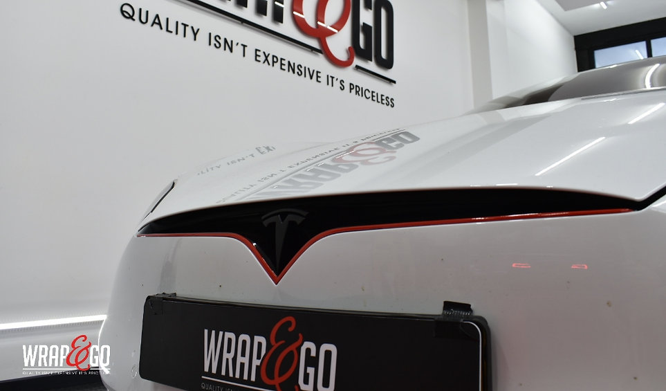 Tesla S Chrome Delete Carwrap Front