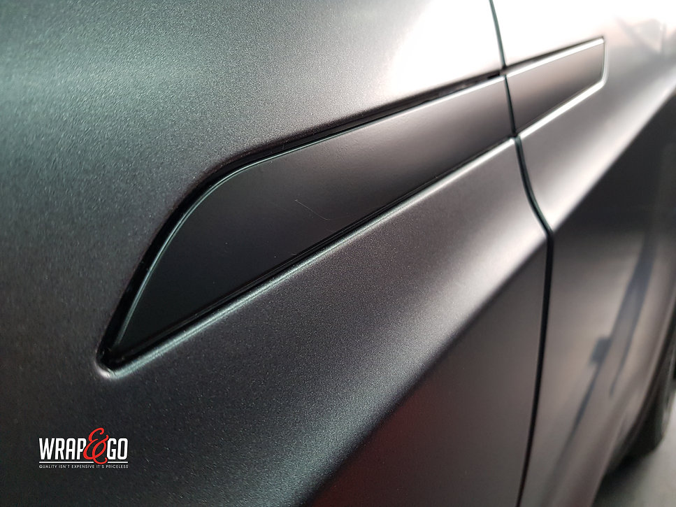 Carwrap Tesla Model X 3M Satin Grey WrapAndGo Doorhandle
