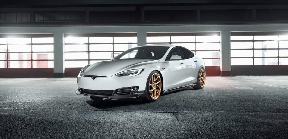 Tesla Model S Novitec Bodykit