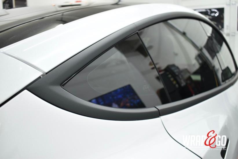 Tesla Model 3 Matte Metallic Black Chrom