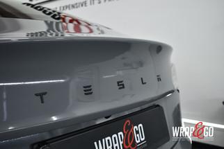 Tesla Model 3 Avery Gloss Rock Grey Nard