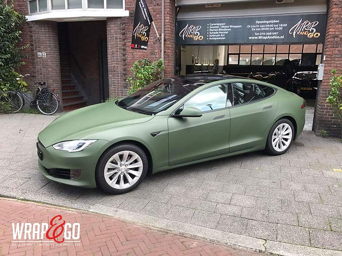Carwrap Tesla Model S 3M Matte Army Green Autowrap