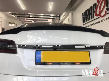 Wing Carbon Spoiler Tesla Model S.jpg
