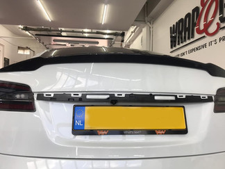 Wing Carbon Spoiler Tesla Model S
