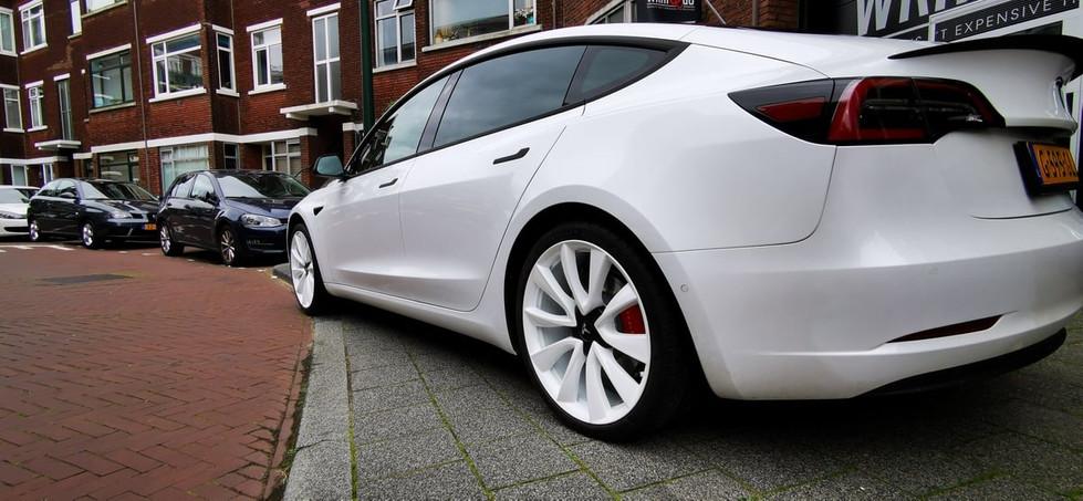 Tesla Model 3 Wit Crome Delete Matrix, W