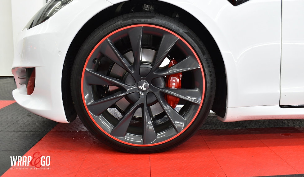 Tesla S Red Rimsavers