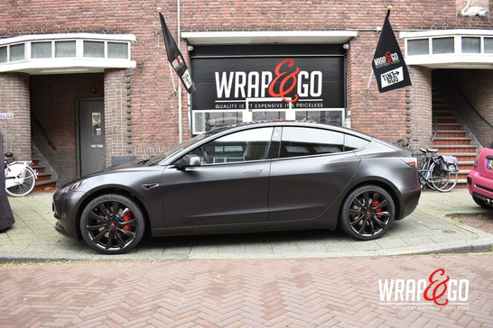Tesla Model 3 3M Satin Black Carwrap