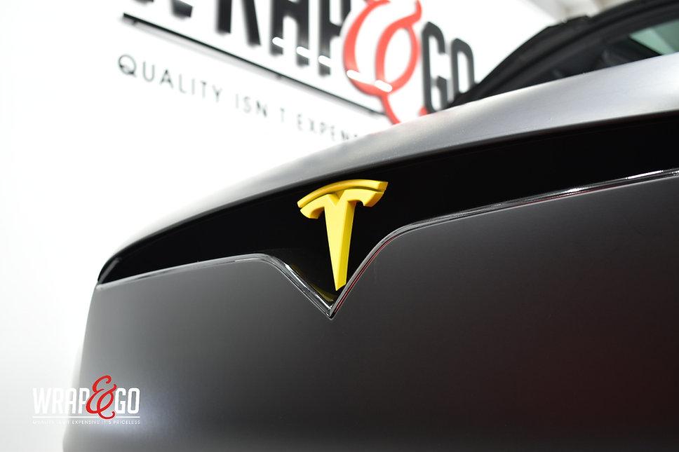 Tesla Model X 3M Matte Deep Black Wrap Grill