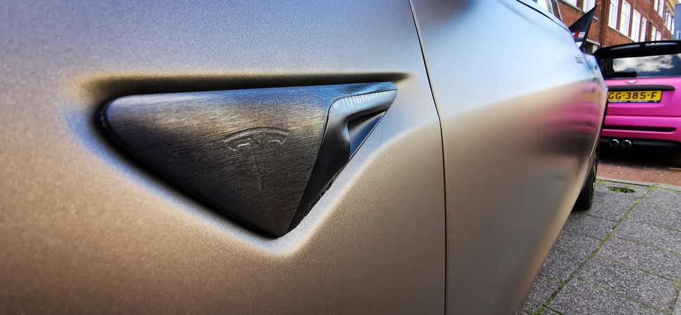 Tesla Model 3 Chrome Delete Brushed Blac