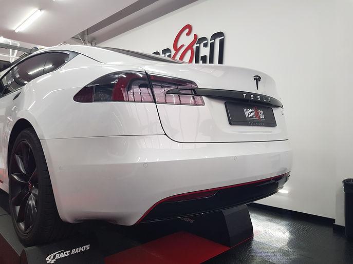 Carwrap Tesla Model S White Autowrap