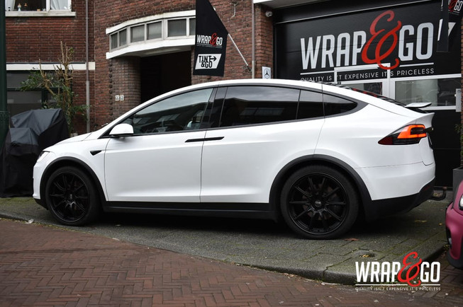 Tesla Model X Chrome Delete satin black