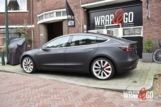 Tesla Model 3 Matte Deep Black Wrap