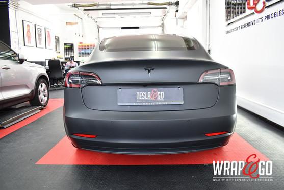 Tesla Model 3 3M Matte Black Carwrap Ach