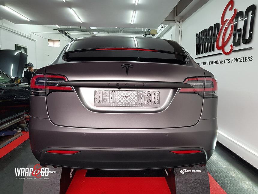 Tesla Model X Satin Dark Grey Carwrapping Achterkant