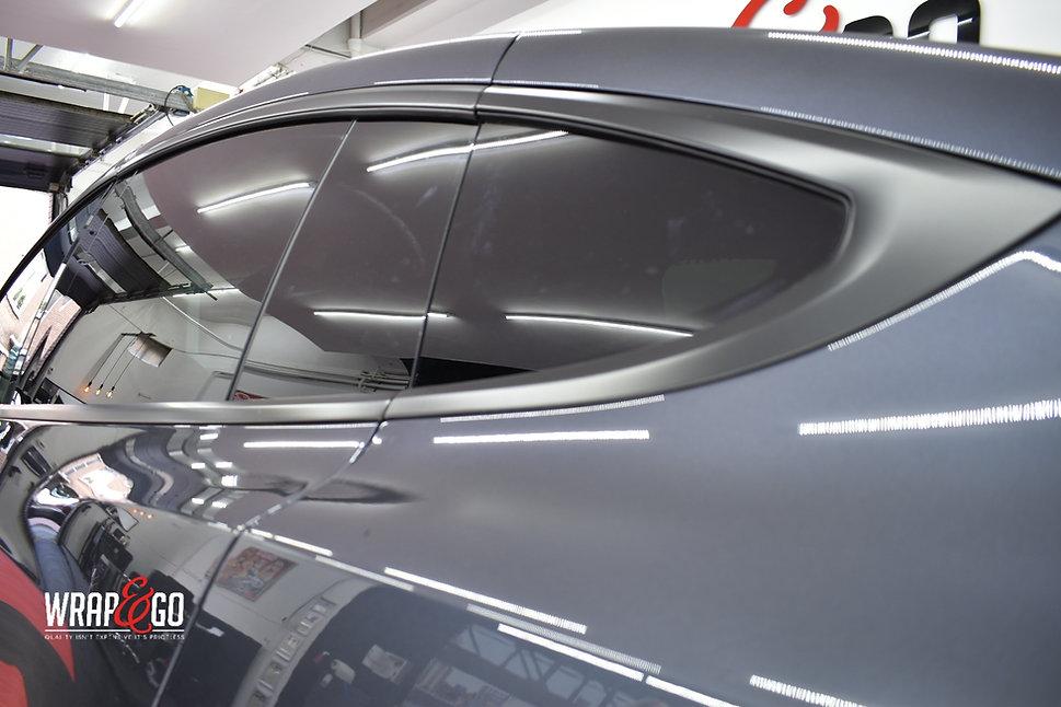 Tesla Model X Chrome Remkauwen spuiten