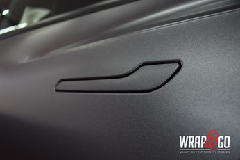 Tesla Model 3 Satin Dark Grey Auto Wrap Handgreep