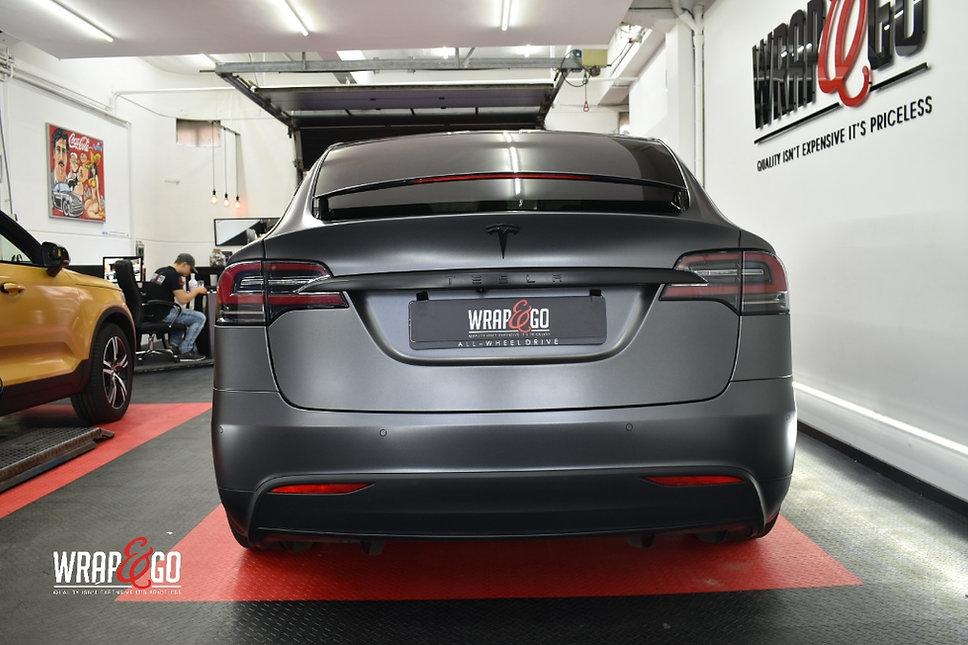 Tesla Model X Carwrap Dark Satin Grey Achterkant