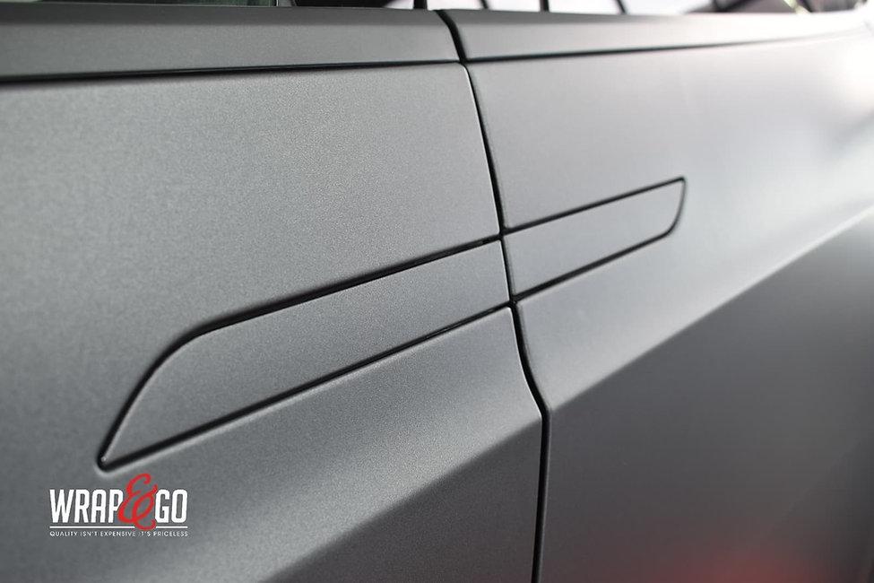 Tesla-modelx-3m-matte-dark-grey-autowrap-handgrepen