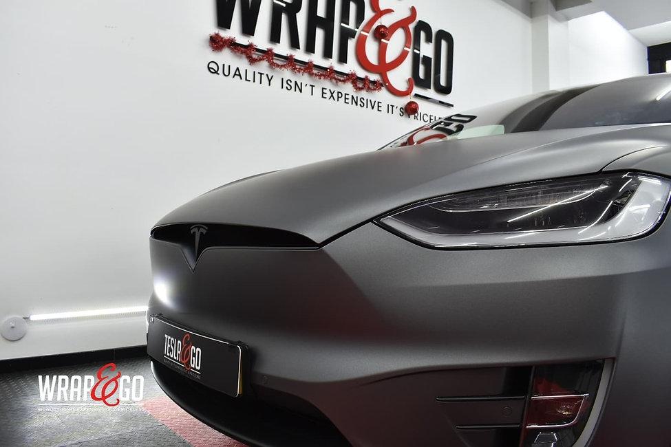 Tesla-modelx-3m-matte-dark-grey-autowrap-front