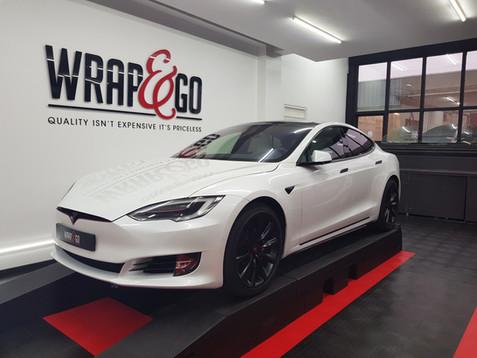 Tesla Model S Satin Black Chrome Delete