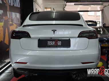 Tesla Model 3 Standaard Carbon Spoiler