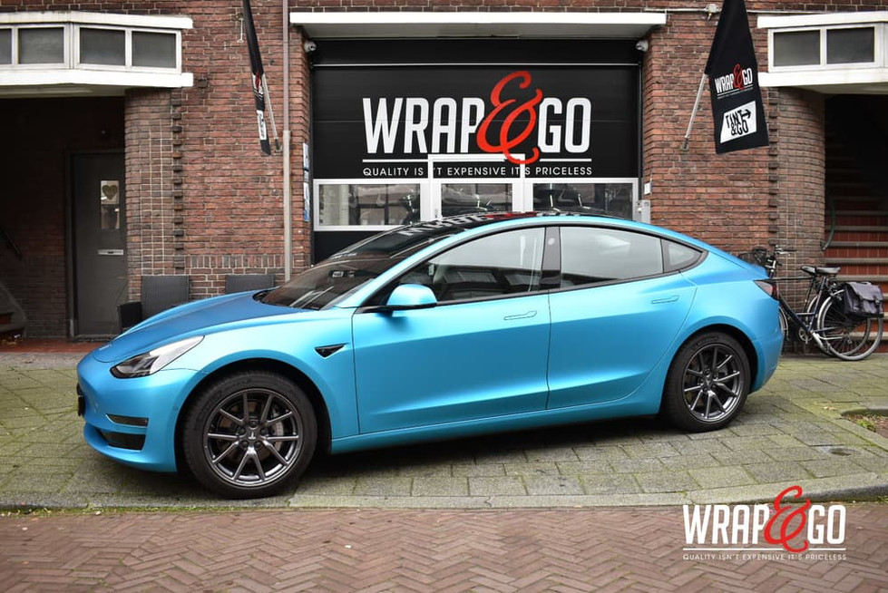 Tesla Model 3 3M Satin Ocean Shimmer Car