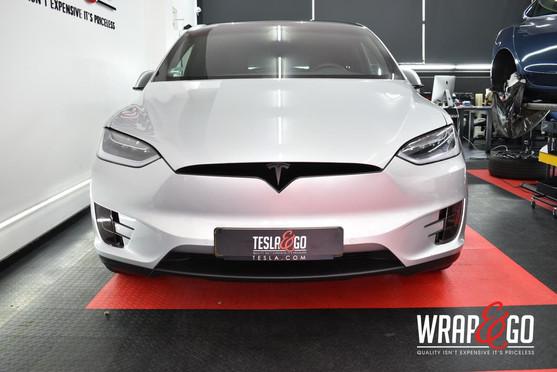 Tesla Model X Chrome Delete Car Wrap