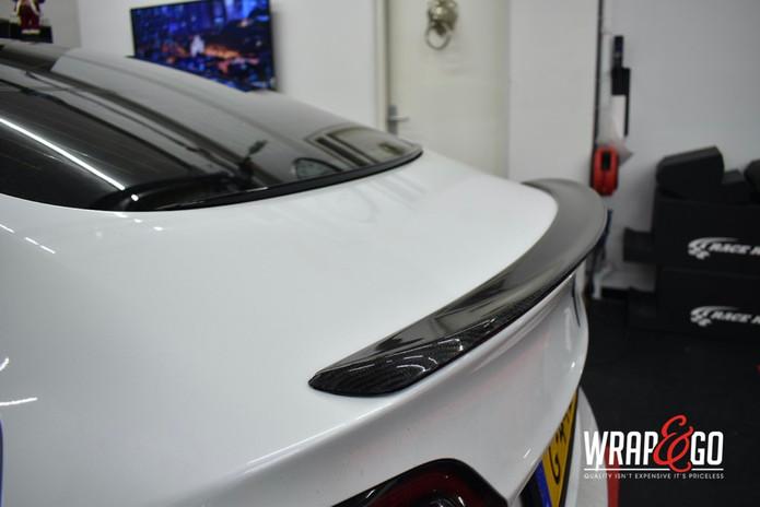 Tesla Model 3 Glanzend Carbon spoiler