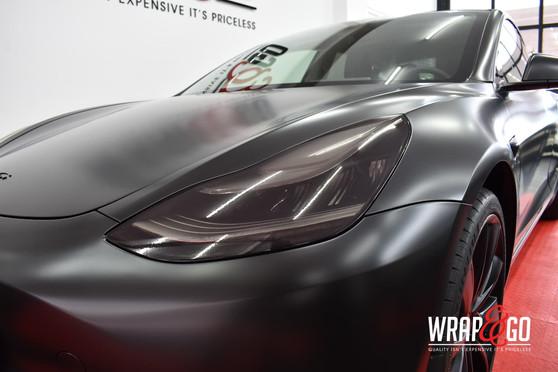 Tesla Model 3 All Satin Black Koplampen
