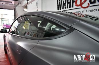 Tesla Model 3 Satin Dark Grey Auto Wrap Raamlijsten
