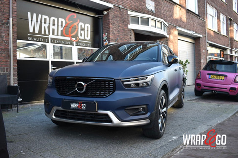 Volvo XC40 3M Dark Navy Blue Wrap