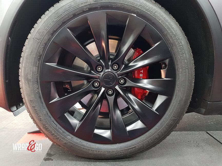 Tesla Model X Satin Dark Grey Remklauwen