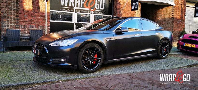Tesla Model S car Wrap Satin Black