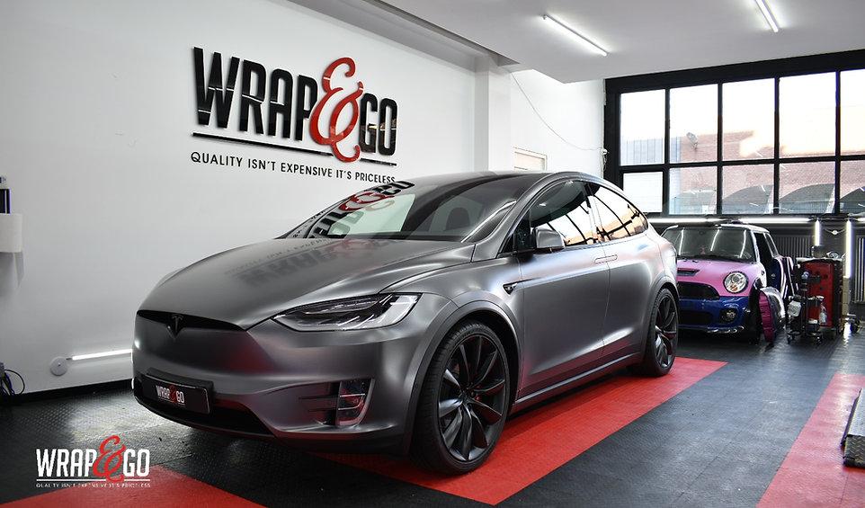 Front Carwrap Tesla Model X 3M Dark Satin Grey WrapAndGo