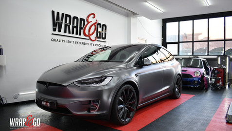 Tesla Model X 3M Carwrap Dark Satin Grey