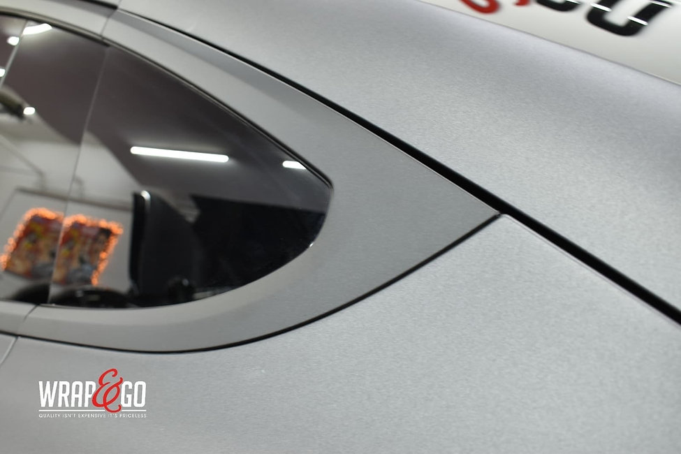 Tesla-modelx-3m-matte-dark-grey-autowrap-raamlijsten