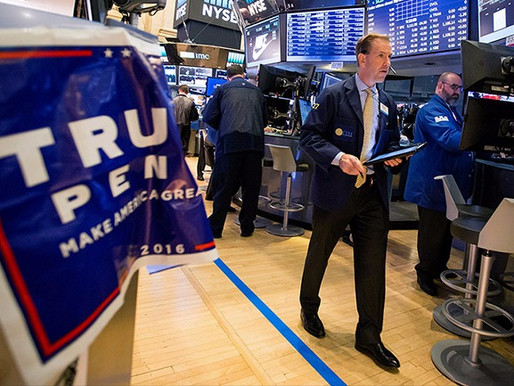 WALL STREET TRADERS BOO HILLARY CLINTON, CHANT 'LOCK HER UP!