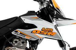 um-motorcycles-dsr-sm-PORMENORES-2