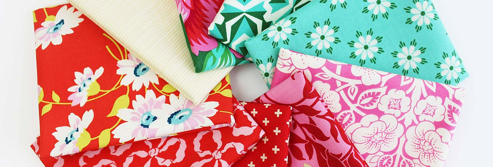 true kisses fat quarter bundle