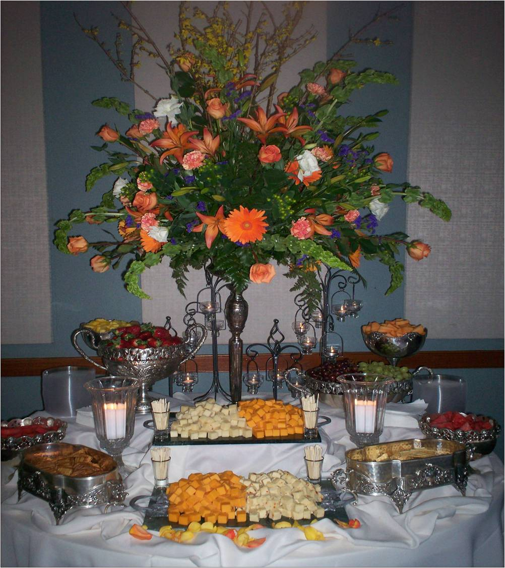 floral center piece fruit station