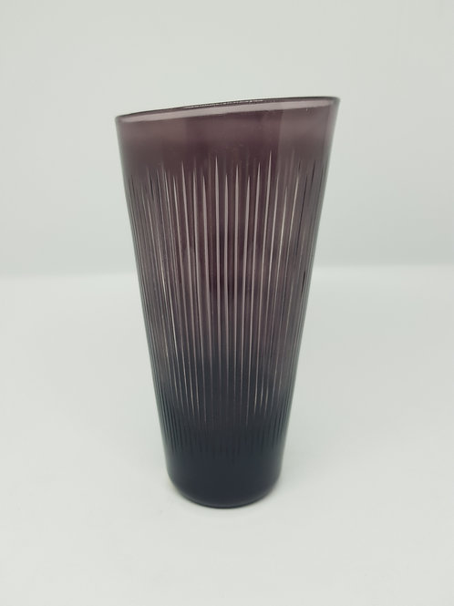 Vicke Lindstrand 1950s Kosta cut glass