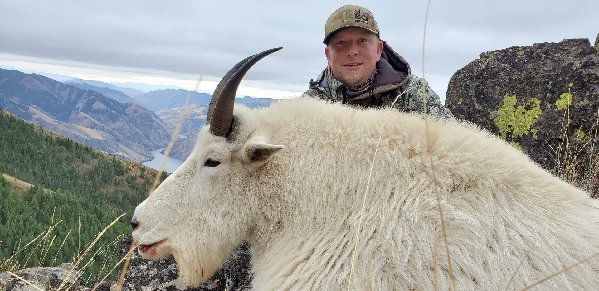 Goat_2019_9 Jesse Paradis High Country R