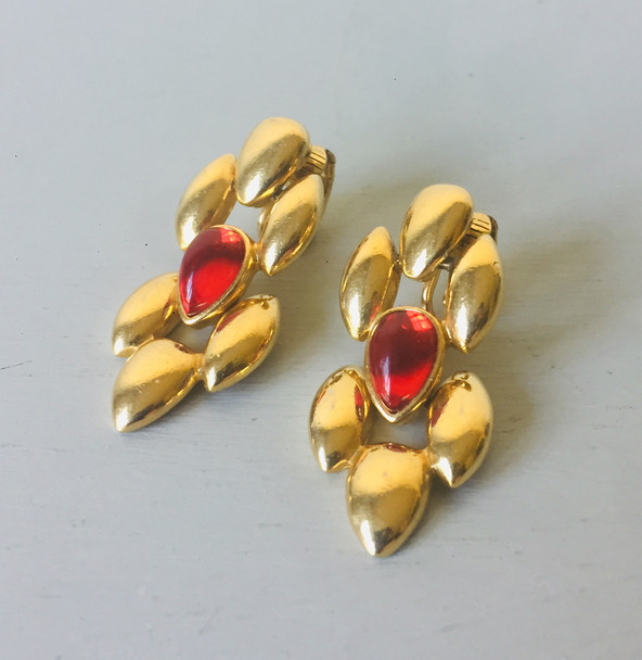 70s  Clip on Earrings