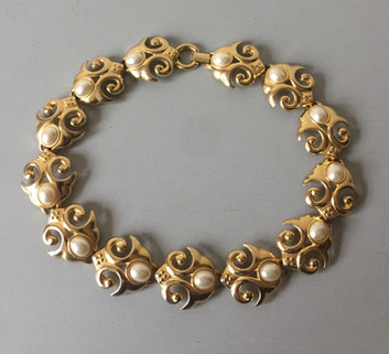 80s Chunky Goldtone and Pearl Panel Necklace