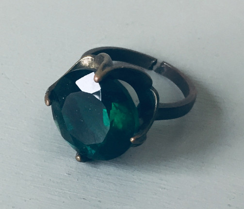 40s Emerald Green Cocktail Ring