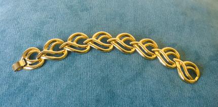 70s Statement Goldtone Panel Bracelet