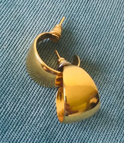 SOLD - 80s Goltone Hoop Earrings for Pierced Ears