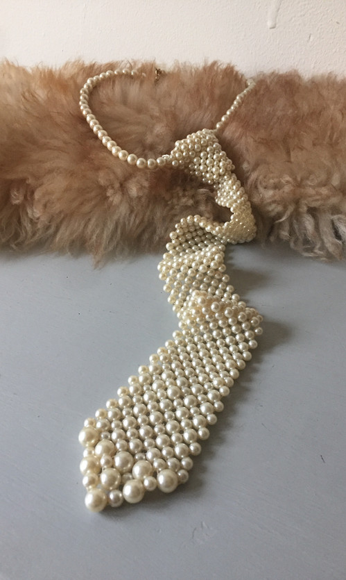 SOLD 70s Pearl Tie Necklace