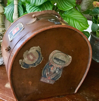 Antique Leather Traveling Case